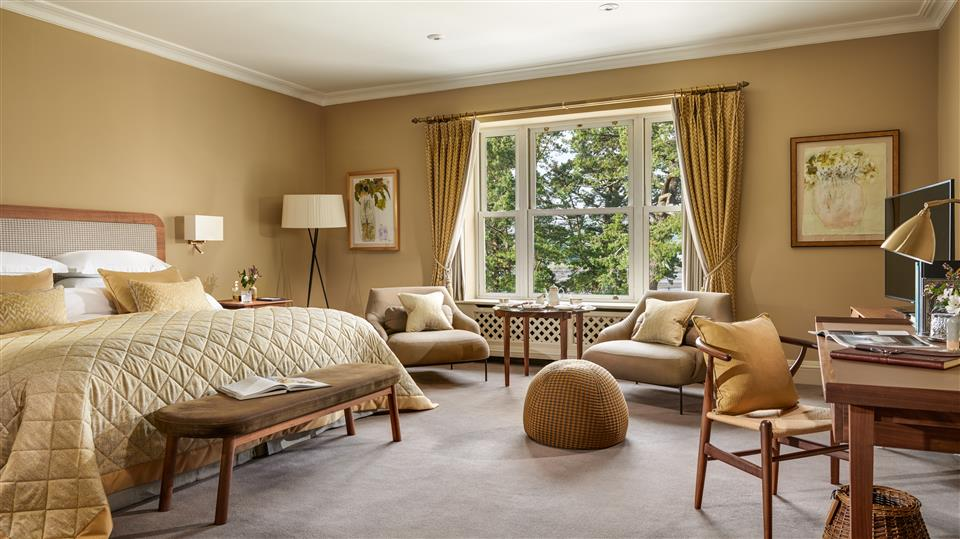sheen falls lodge Deluxe bedroom