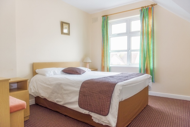 Marine View Holiday Homes Bedroom
