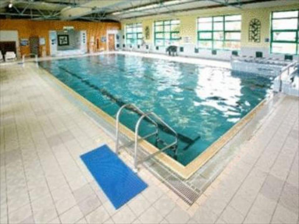 Castle Oaks House Hotel & Estate Pool