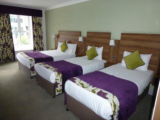 Maldron Hotel Galway Triple Room