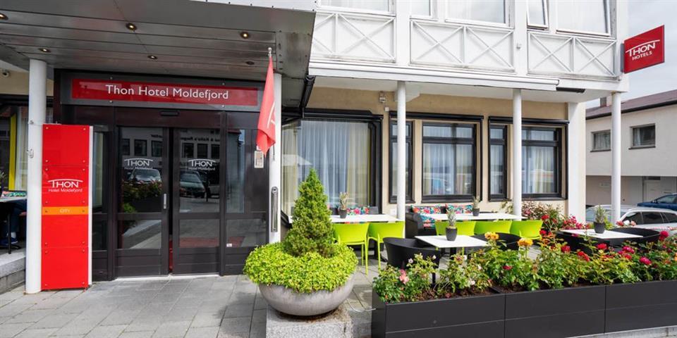 Thon Hotel Moldefjord Fasad