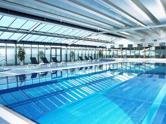 Shearwater Hotel swimming Pool