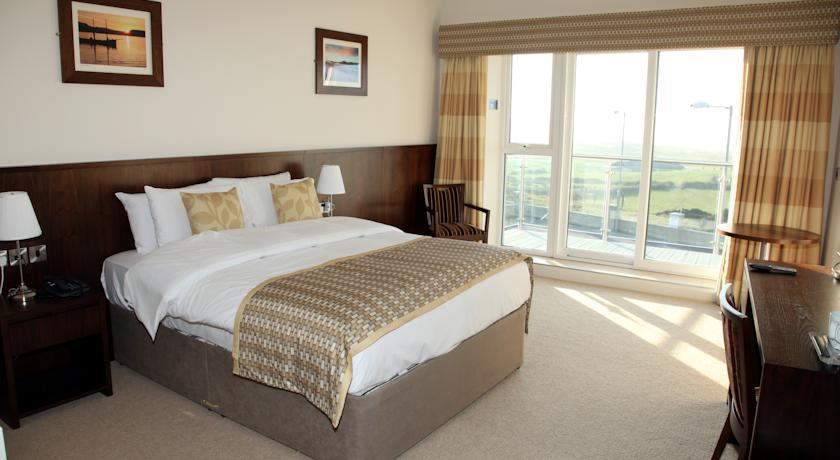 Strandhill Lodge bedroom