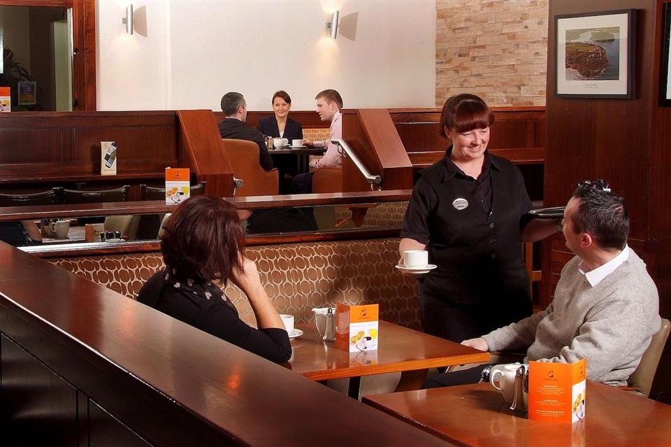 Carrigaline Court Hotel Bar