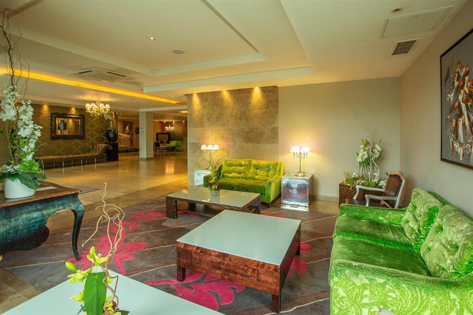 Hotel Kilkenny Lounge