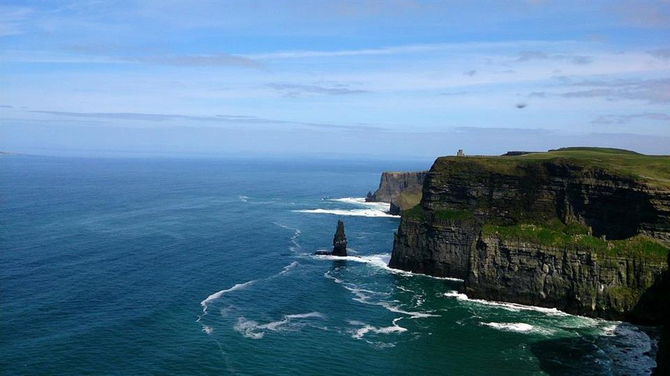 Travelodge Galway - Cliffs of Moher