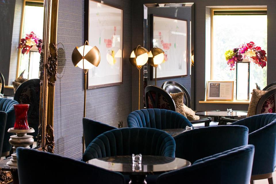 The Twelve Hotel lounge