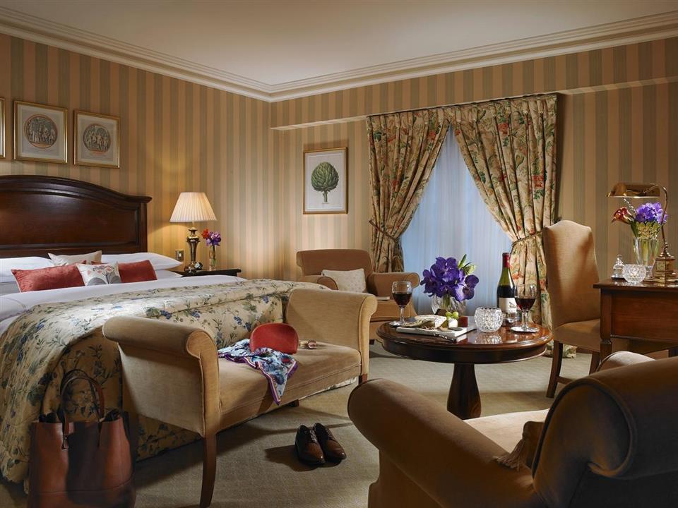 Killashee Hotel Bedroom