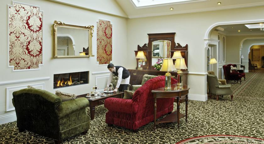 Fitzgeralds Woodlands House Hotel reception
