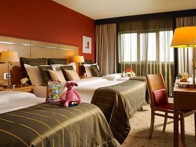 Clayton Hotel Liffey Valley Family Room