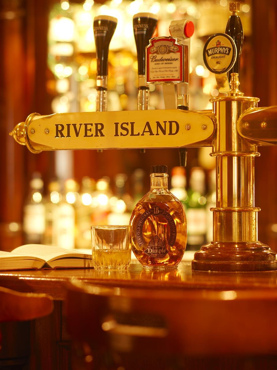 River Island Hotel Bar