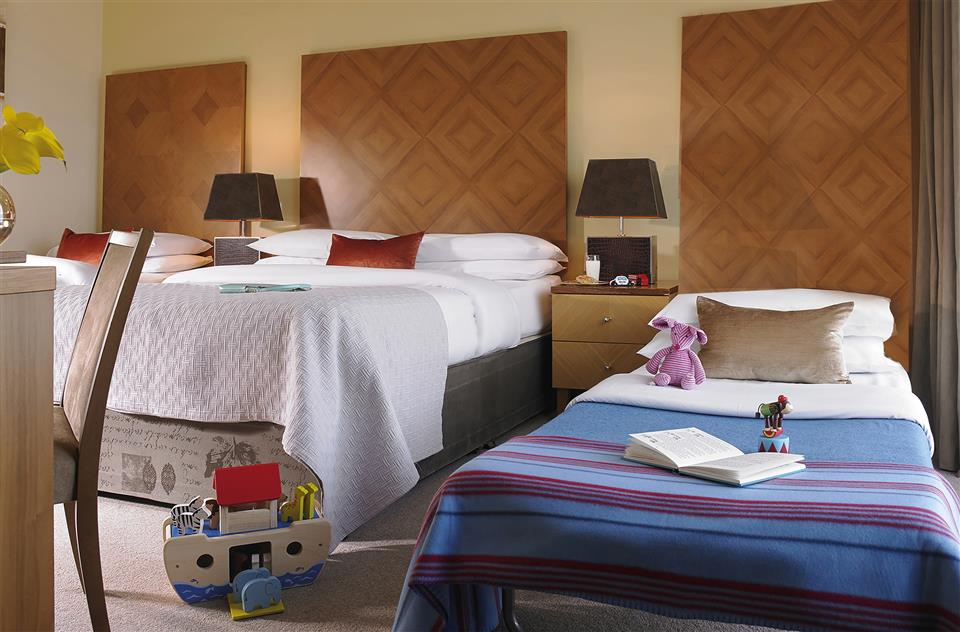 Connacht Hotel Family Room