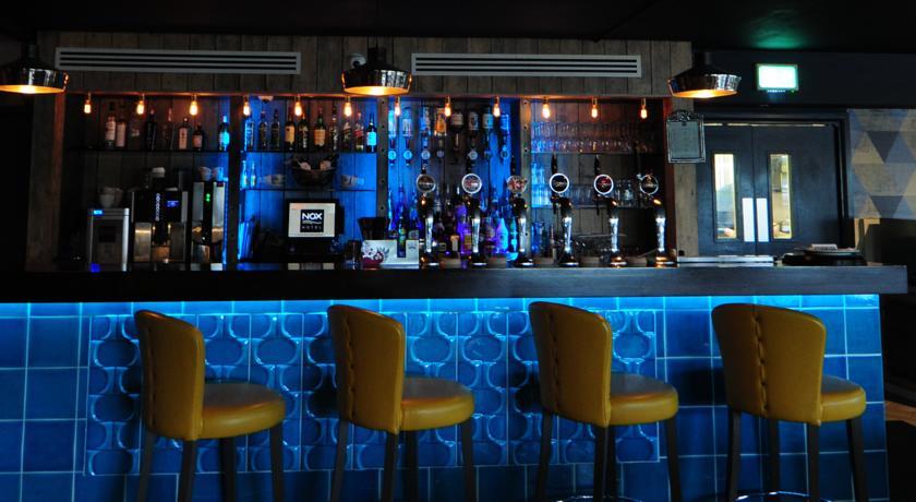 Nox Hotel_bar
