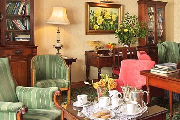 Seaview Hotel Lobby
