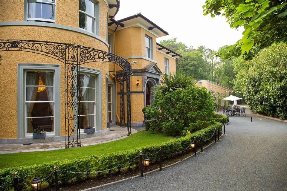 Vienna Woods Hotel Exterior