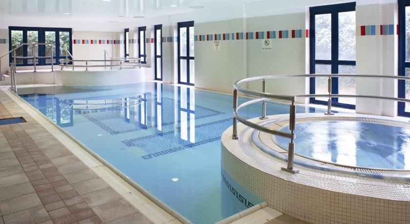The Parkavon Hotel Swimming Pool