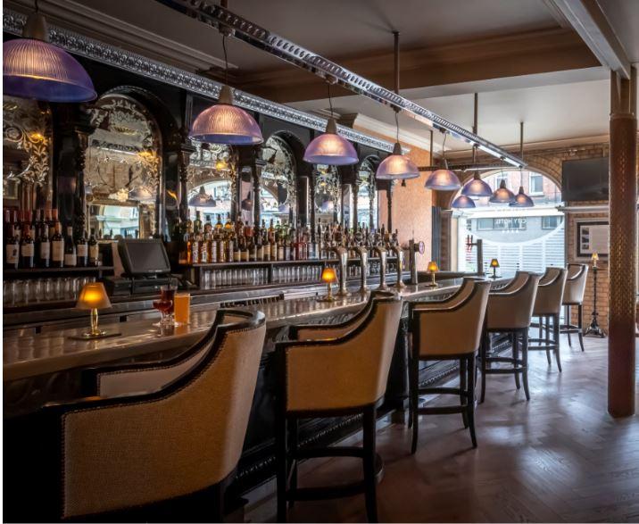 Trinity City Hotel Bar