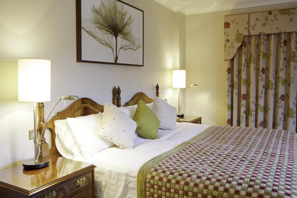 Nuremore Hotel Country Club Bedroom