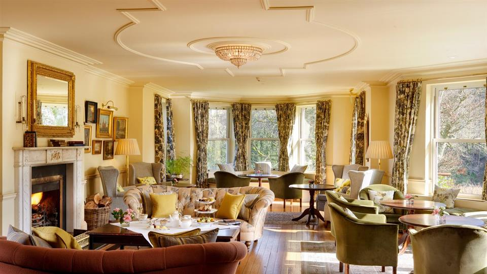sheen falls lodge lounge