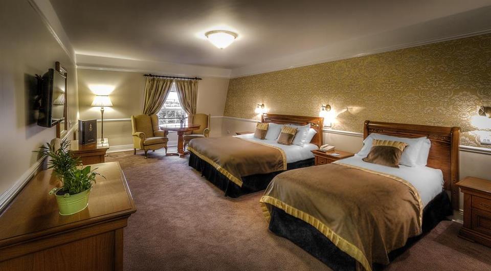 Celbridge Manor Hotel Bedroom