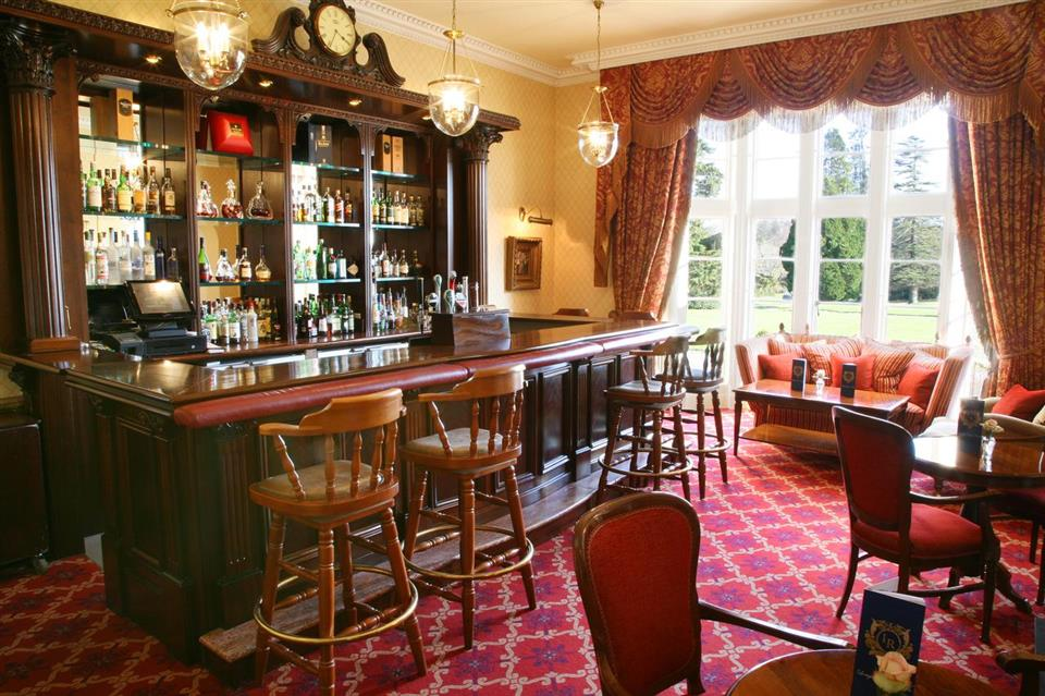 Lough Rynn Castle Bar