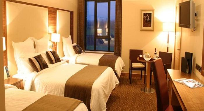 Amber Springs Hotel Family room