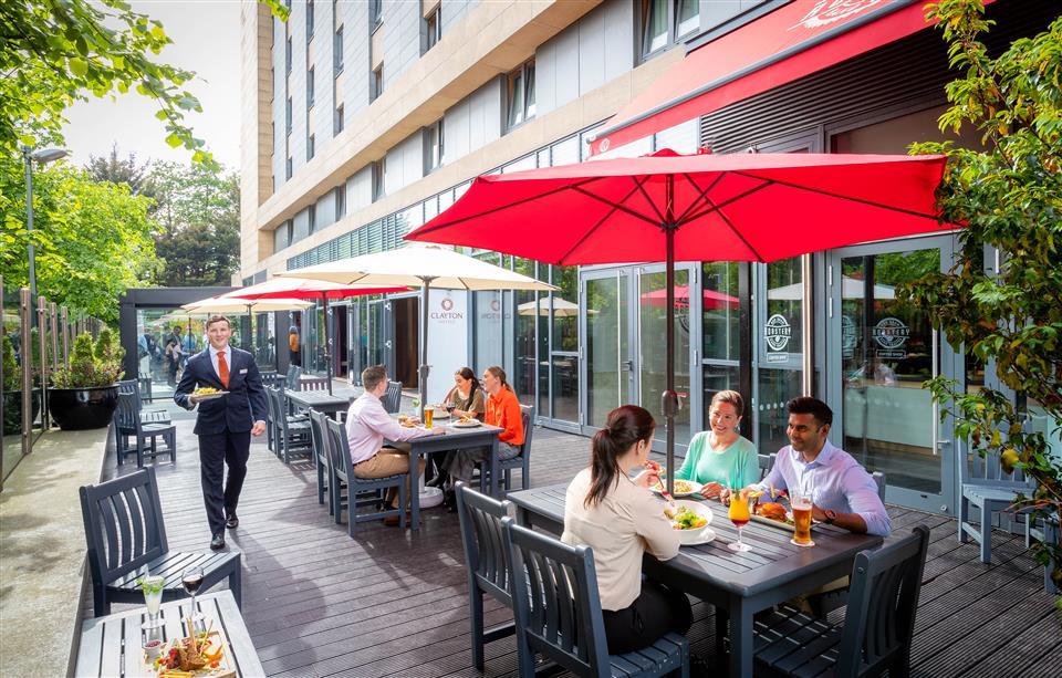 Clayton Hotel Leopardstown Terrace