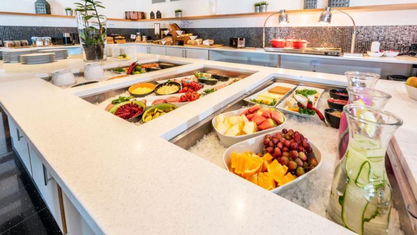 Thon Hotel Surnadal Frukost