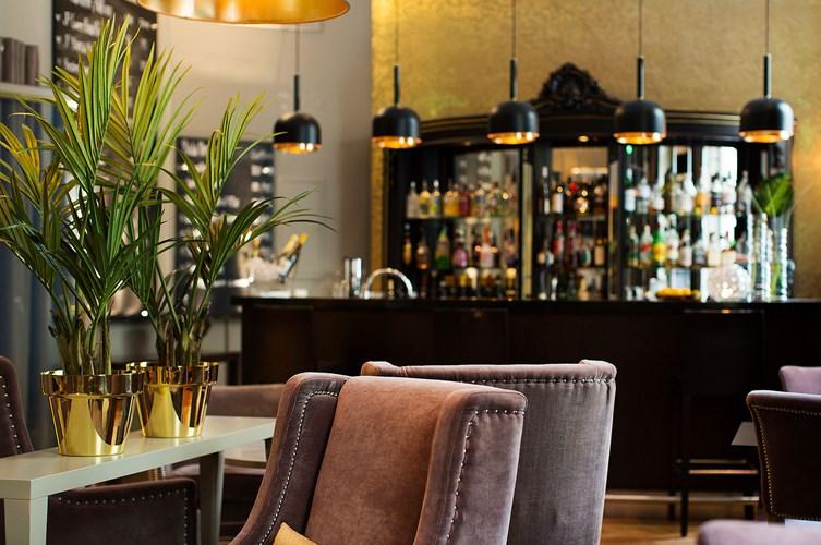 Elite Hotel Knaust Lobbybar