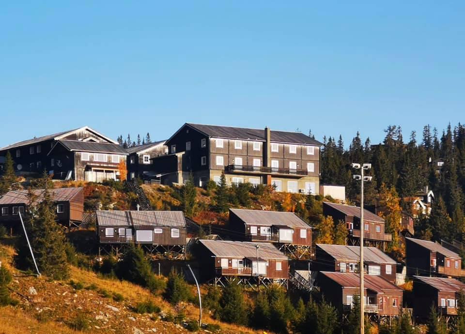 Kvitfjell Hotel AS Fasad Sommar