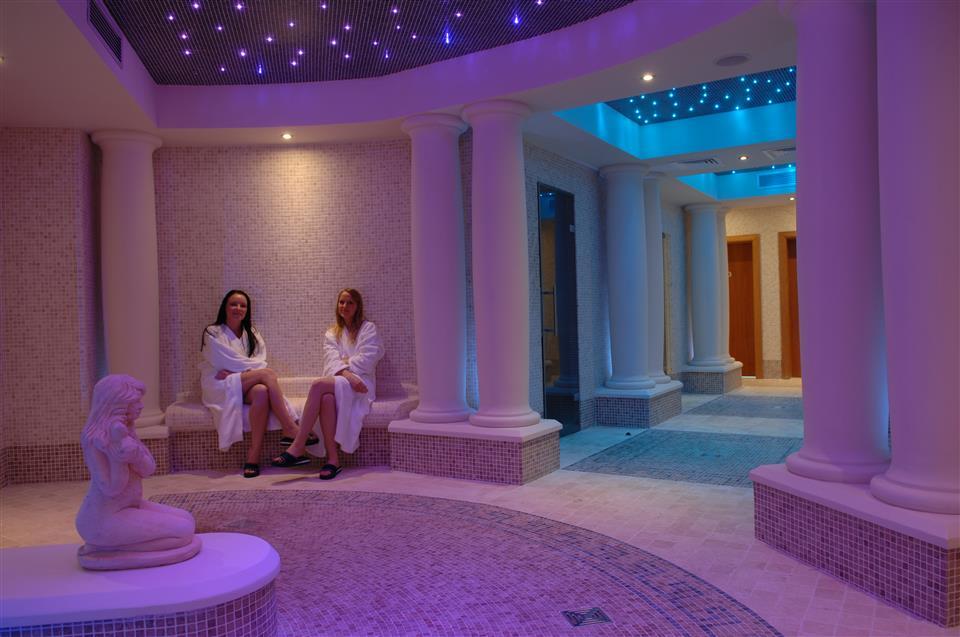 Villa Rose Hotel & V Spa