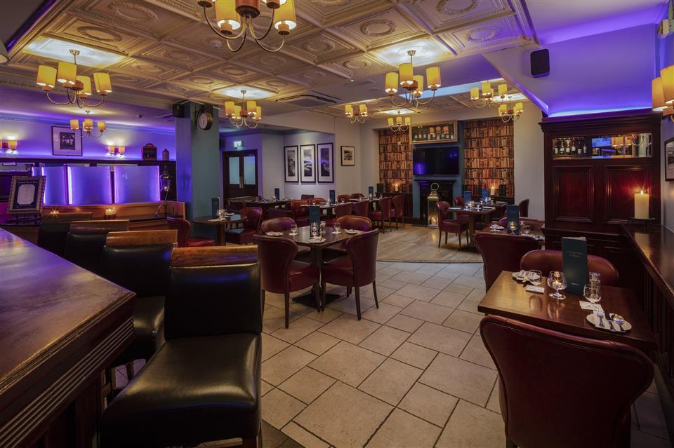 Cassidys Hotel Bar