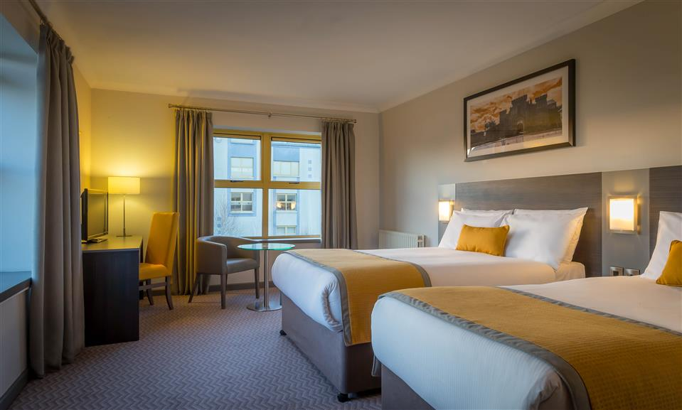 Maldron Hotel Wexford Bedroom