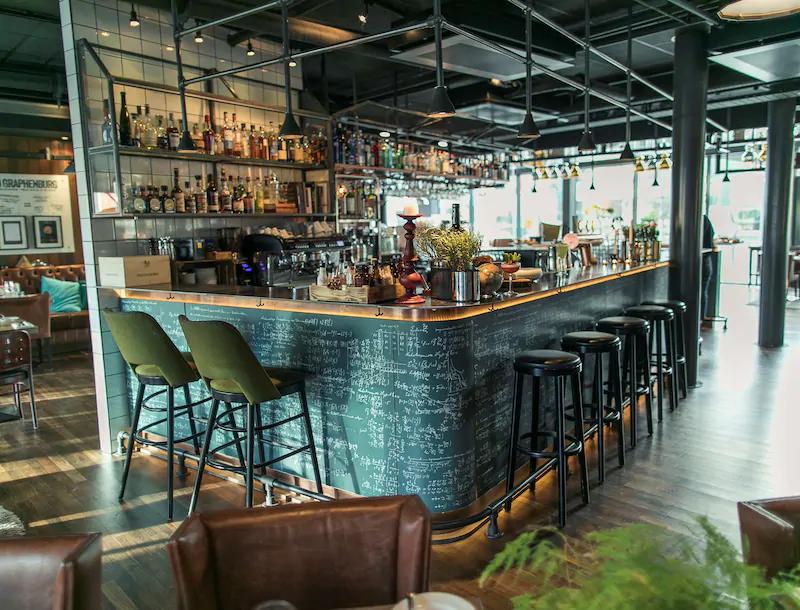 Radisson Blu Riverside Hotel Bar