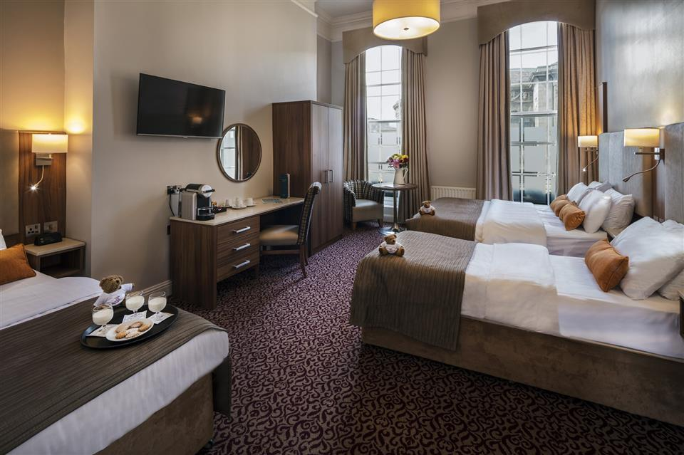 Cassidys Hotel Quad Room