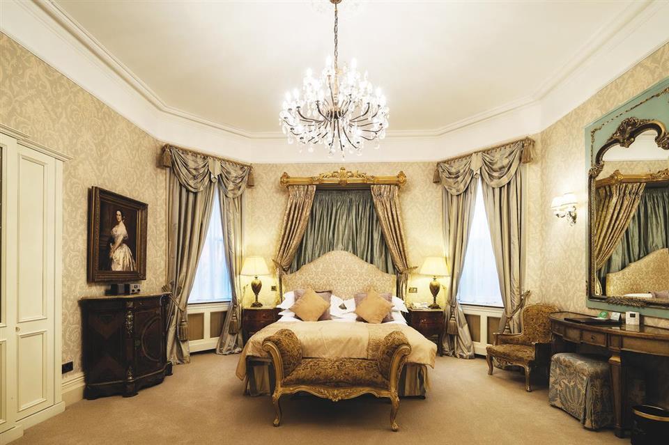 Fitzpatrick Castle Hotel Bedroom