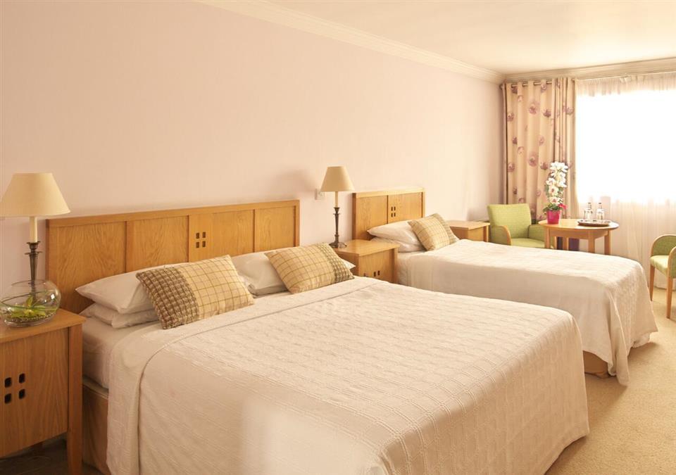 Castle Hotel Macroom Bedroom
