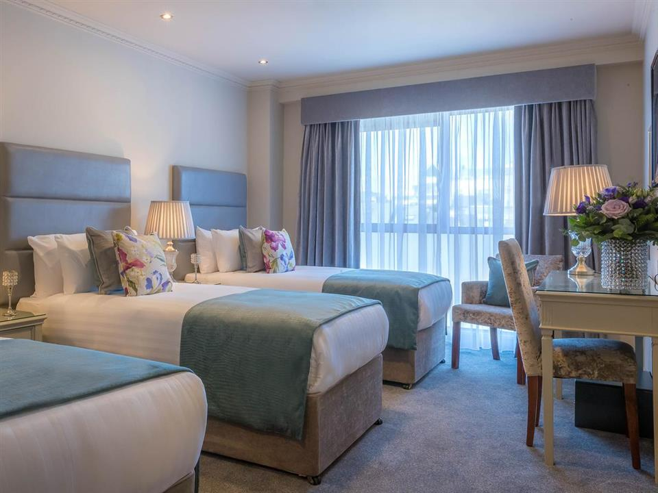 Forster Court Hotel Bedroom
