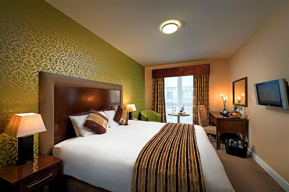 The George Hotel Bedroom