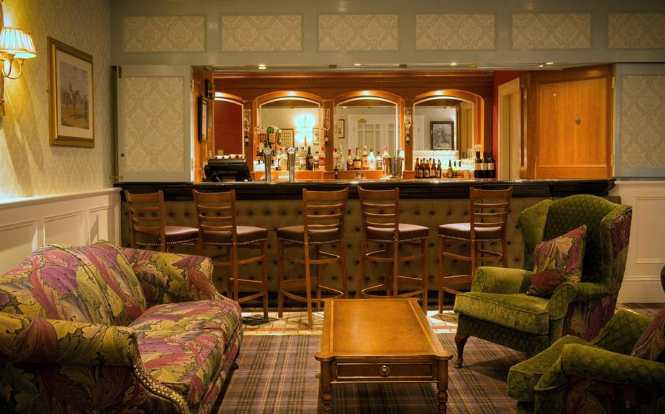 Dromhall Hotel bar