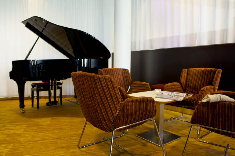 Scandic Hamar Lounge med piano