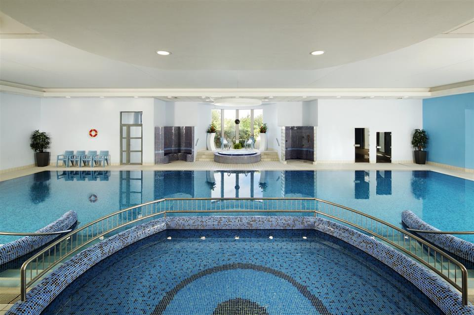 Springhill Court Hotel Swimming Pool