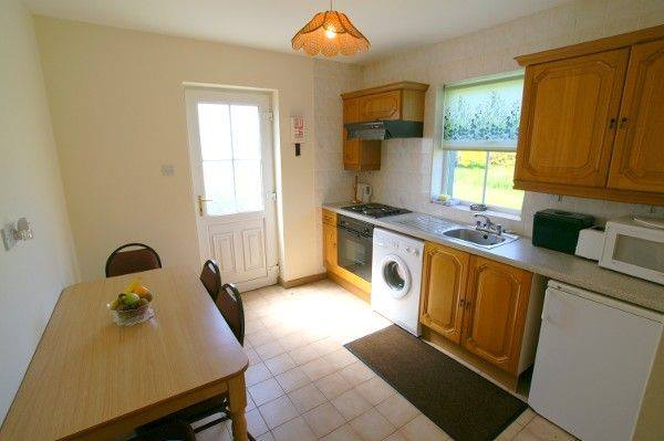 Fairgeen Holiday Cottages Kitchen