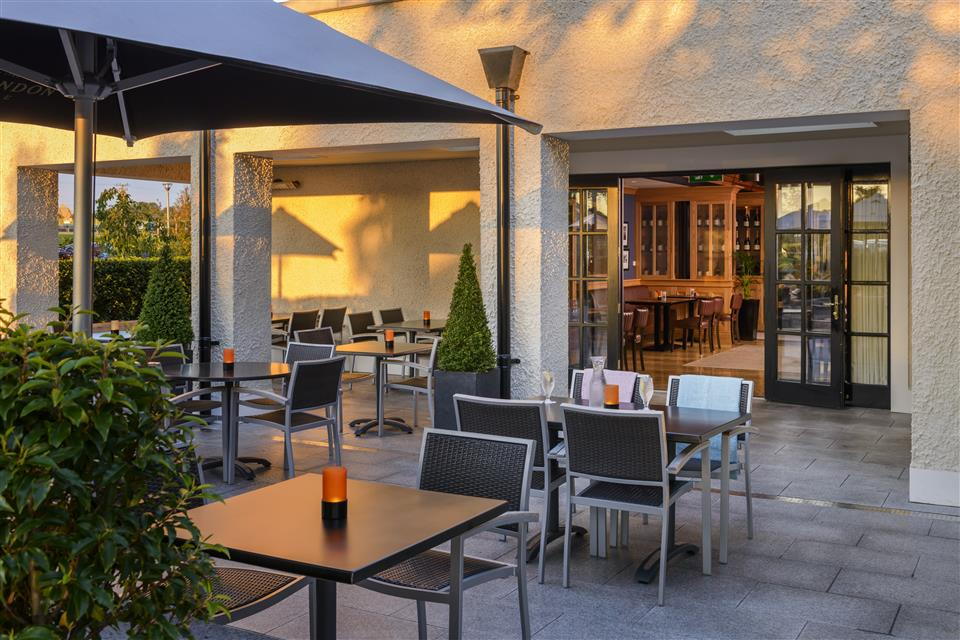 Ballygarry House Hotel Brasserie Terrace