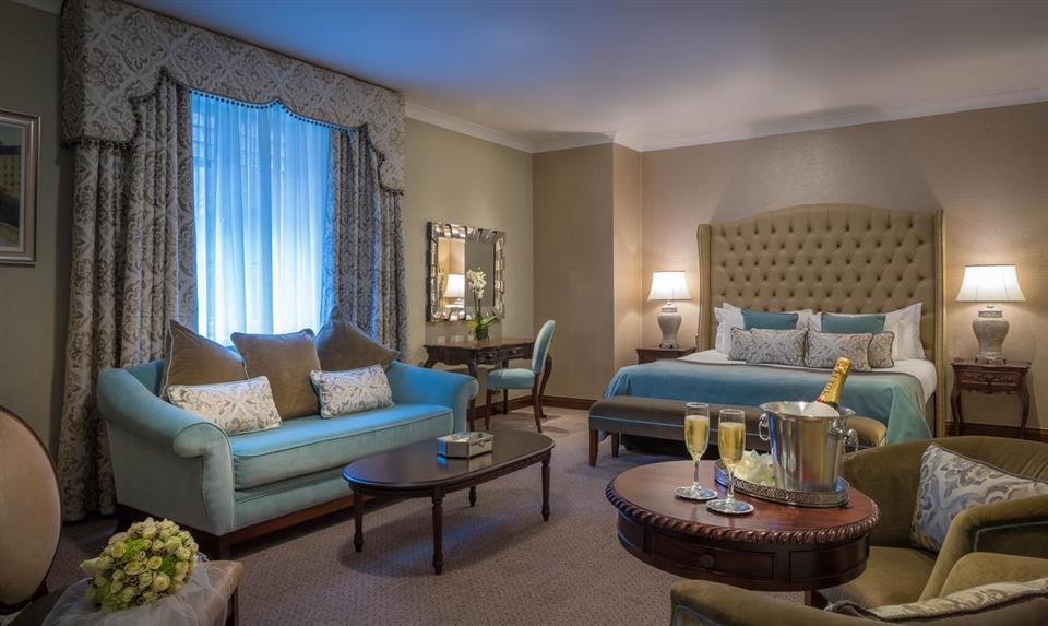 Clayton Hotel Ballsbridge Bridal Suite