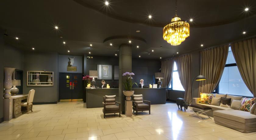 Limerick City Hotel Reception