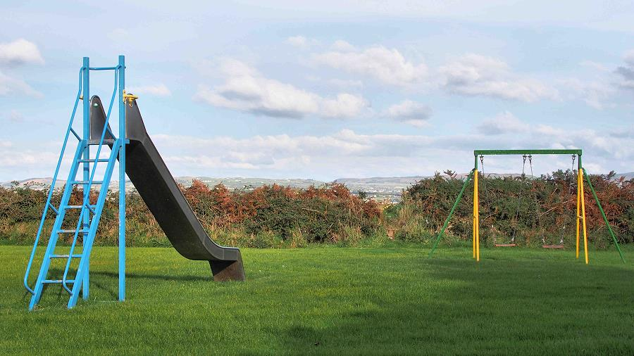Quilty Holiday Cottages Play Area