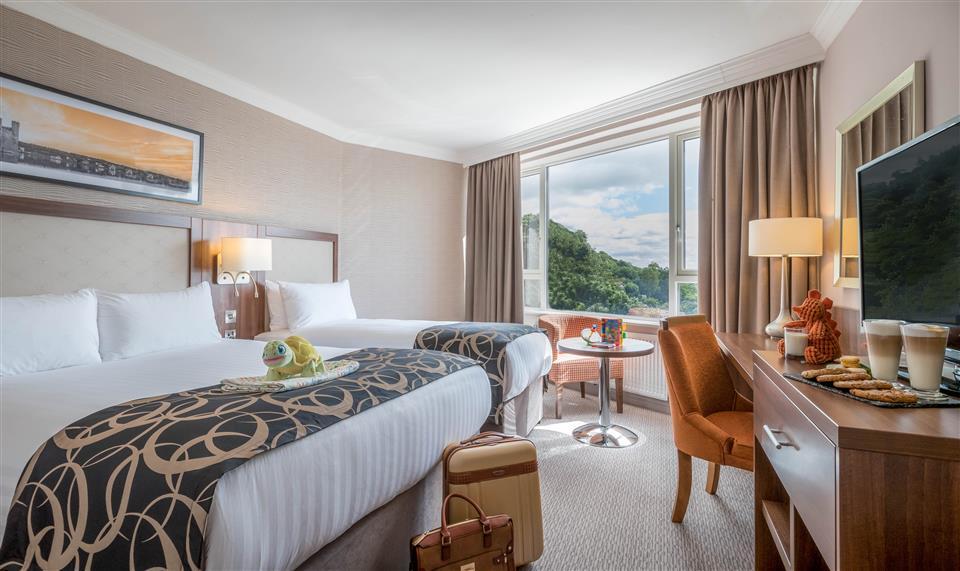 Clayton Hotel Silver Springs Family Bedroom